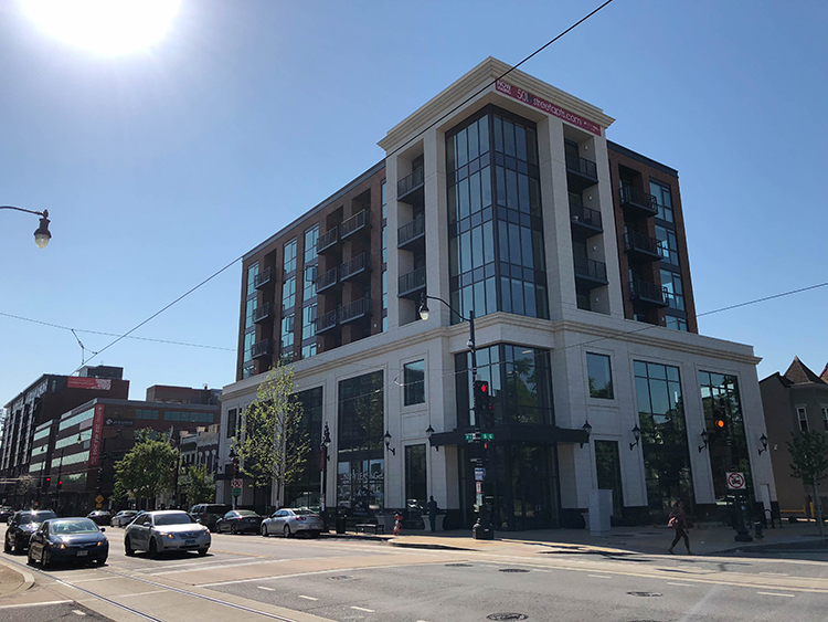 501 H Street | Commercial Building - Glass Windows